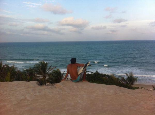 praia-da-pipa-rio-grande-do-norte-thais-ta-longe